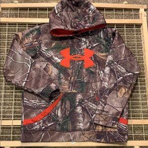 YLG under armor hoodie